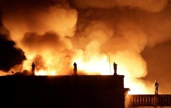 сгорел музей рио-де-жанейро